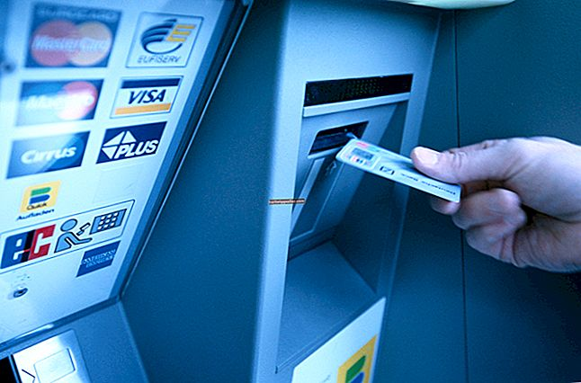 Como sacar dinheiro em um caixa eletrônico por meio do PayPal