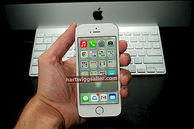Paano Ayusin ang isang iPhone 4S Kapag Sinasabi nito Kumonekta sa iTunes